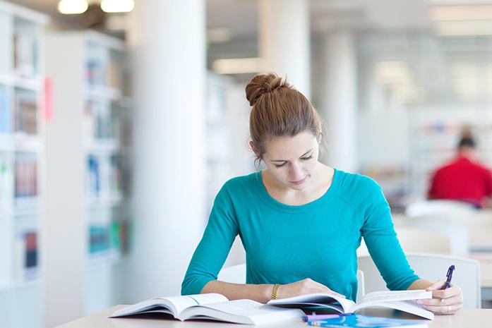 img universitarios - Cursos de Inglés